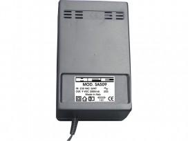 Alimentatore analogico AC/DC professionale 9V 2A mod: SA509